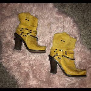 Lisa for Donald J Pliner Boots